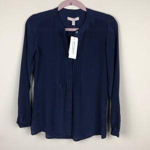 BANANA REPUBLIC   Navy Blue Button Down Silk Top